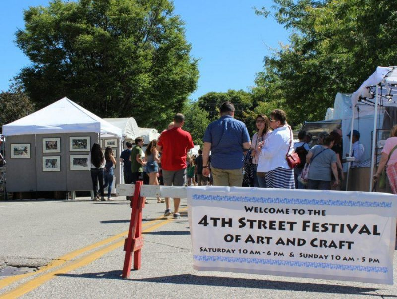 Fourth Street Art & Crafts Festival @ Bloomington | Indiana | United States